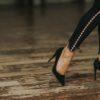 Η αντίδραση μιας γυναίκας όταν βλέπει ένα θεϊκό παπούτσι Dolce & Gabbana