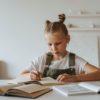 Αυτοδιόρθωση: Στηρίζοντας την αυτενέργεια του παιδιού στο διάβασμα στο σπίτι