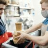 Κορωνοϊός: Επικίνδυνες οι υφασμάτινες μάσκες – χωρίς προστασία