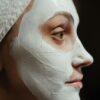Θρεπτική μάσκα για το πρόσωπο και το λαιμό