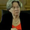 Κορωνοϊός: Η Αθηνά Λινού υποστηρίζει ότι το μέτρο του εγκλεισμού αυξάνει τα κρούσματα